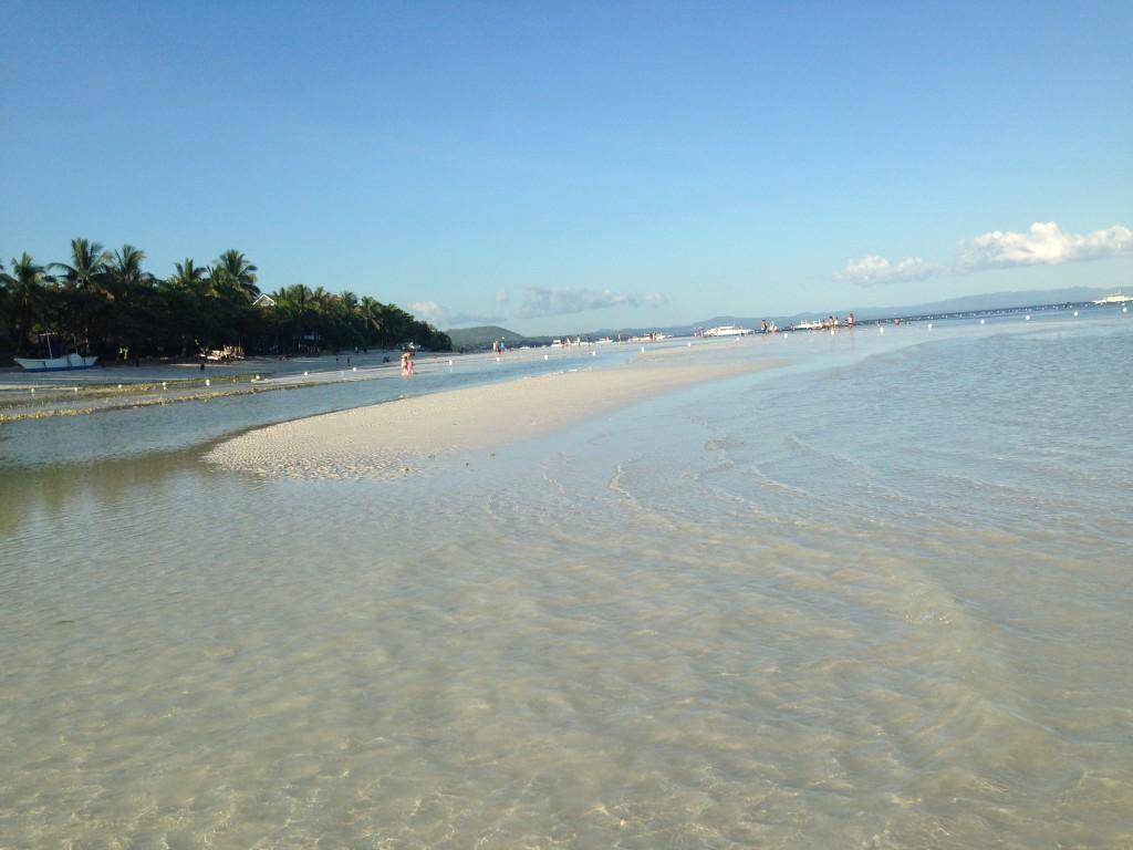 Low tide at Bohol Beach Club