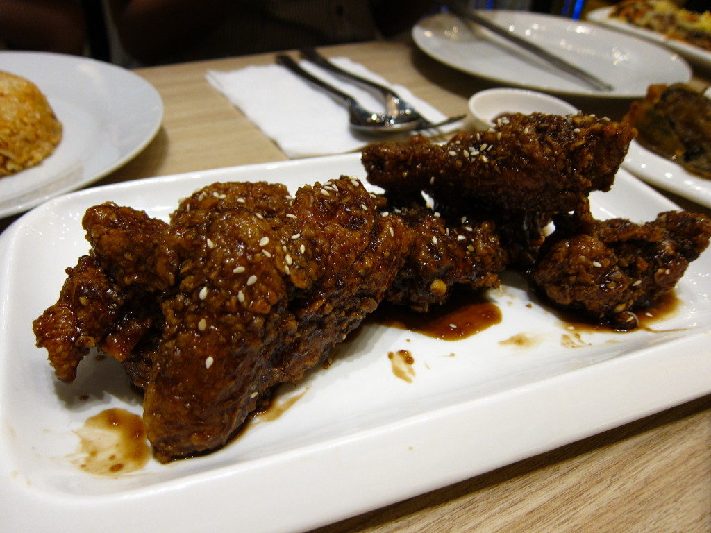 Crispy fried chicken tossed in Oh-My-Garlic Sauce  (P288, half) Photo by Maud Aimee Javier