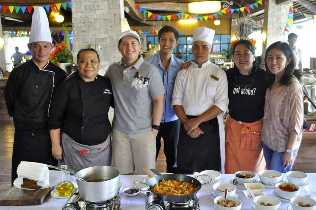 "Matabungkay Beach Hotel Executive Chef Hipolito ""Poli""Politico, Chef Jaja Andal, blogger guest Chuck Dreyfus, MBH Head Bartender Michael Galang,  MBH assistant sous chef Mario Adrias, Adobo Queen Nancy Reyes-Lumen, and MBH Managing Director Charley Leviste - Antonio"